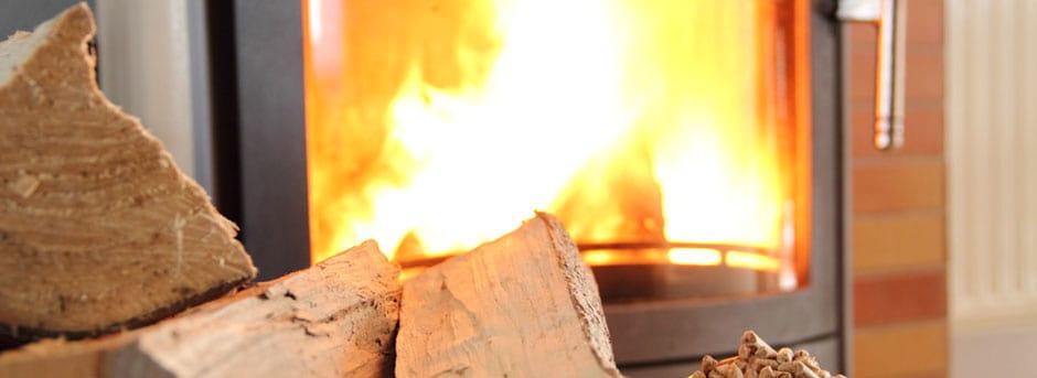 Jetzt Brennholz günstig einlagern