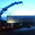 Effer Spezialkran Containerarbeiten